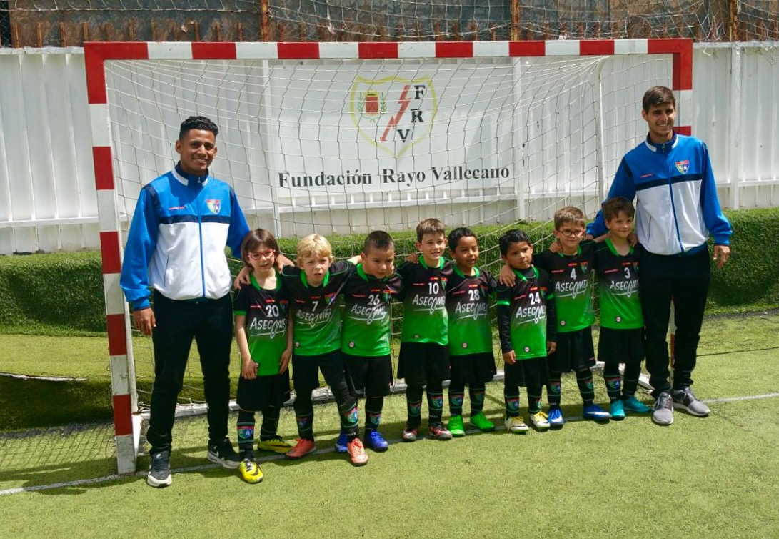 Crónica y foto del partido EDM Chupetín B 3 – 0 Fundación Rayo Vallecano B