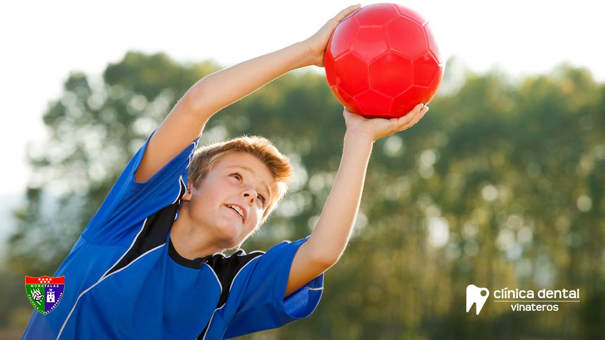 Ortodoncia invisible para adolescentes: Invisalign Teen para deportistas