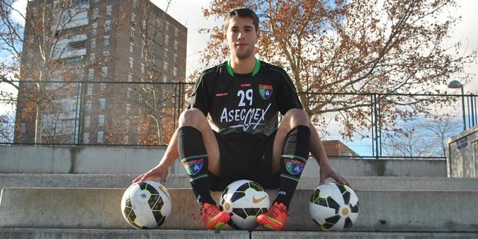 """Cristian Mora: """"Esta Escuela ofrece a sus jugadores aspiraciones reales de poder llegar algún día al Primer Equipo"""""""