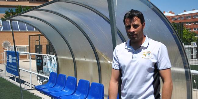 """Raúl León, nuevo entrenador del Aficionado B: """"Confían en mí y en mi forma de trabajar; los resultados han dado igual"""""""