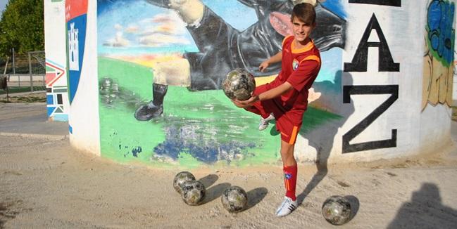 """Manu Abella: """"El año pasado no marqué muchos goles porque me costó adaptarme al fútbol once"""""""