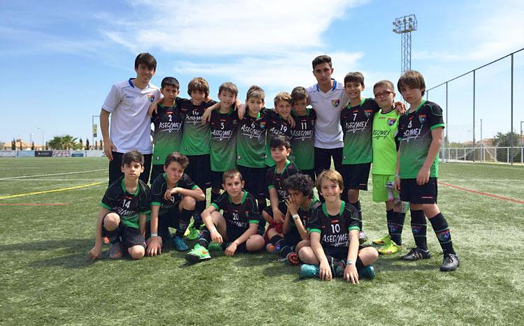 Crónicas y fotos de los partidos del Alevín C en el torneo Torrevieja Internacional Cup