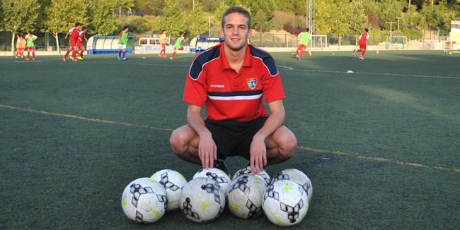 """Víctor Muñoz: """"Entrar en benjamines y llegar al primer equipo es un logro que consiguen muy pocos"""""""